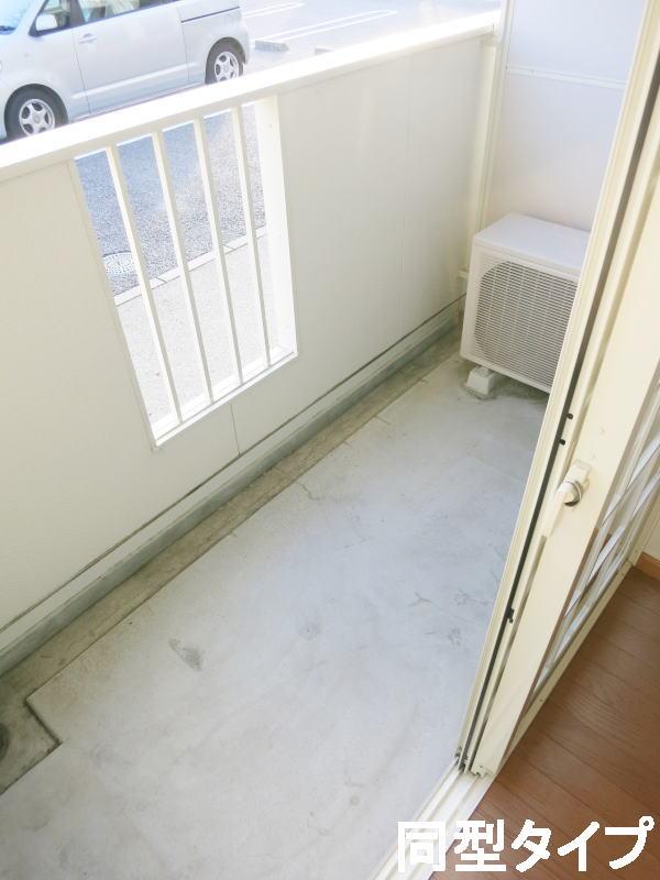 プロムナード壱番館 01010号室のバルコニー