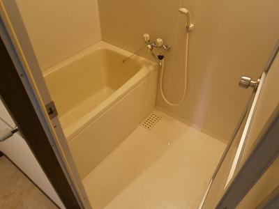 花曜日 202号室の風呂