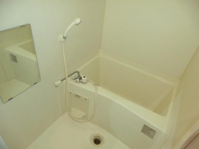 ハイツ新渡場 A棟 105号室の風呂