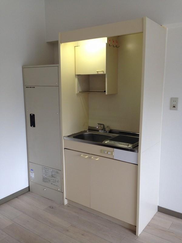 ルック神田 302号室のキッチン