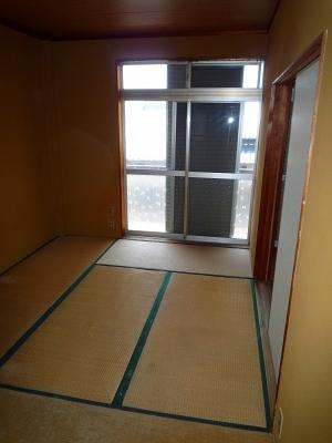 コーポ井川 105号室のリビング