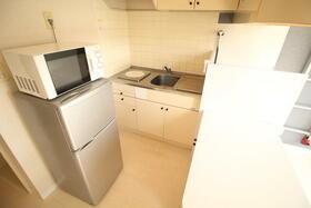 ベルピア六実第1-1 203号室のキッチン