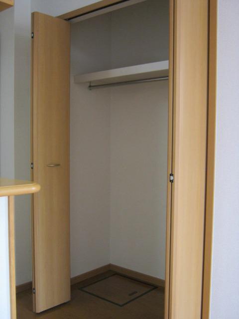 スィア バレーリア 01010号室の収納