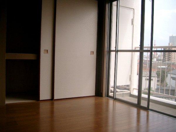 ミヨカワビル 402号室の収納