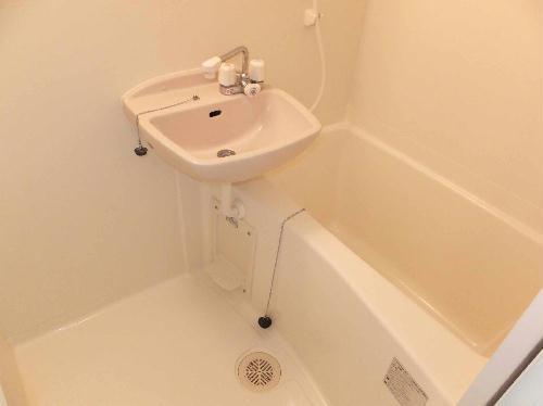 レオパレスカーサフィオーレ 101号室の風呂