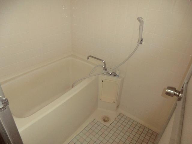 ユートピア東照苑 3-A号室の風呂