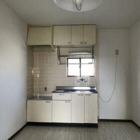 ハイツフロンティア 102号室のキッチン
