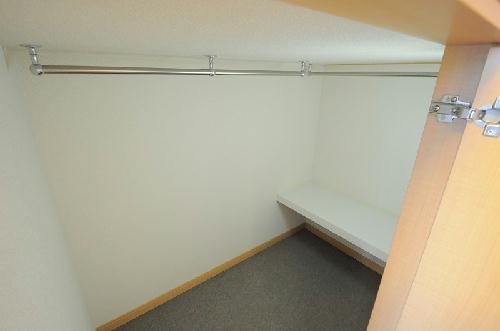 レオパレス栄 406号室の収納