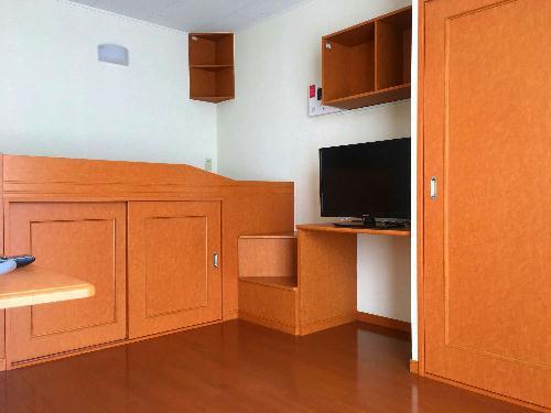 レオパレスシャムール西尾 104号室の収納