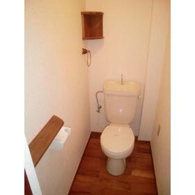 ユトリロ神ノ郷 101号室のトイレ