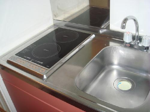 レオパレスMINA 205号室のキッチン