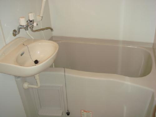 レオパレスMINA 205号室の風呂