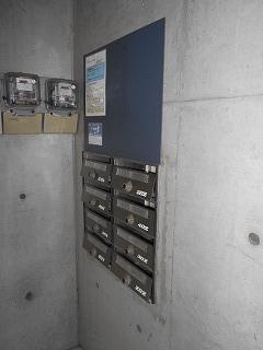 MTビル 401号室のエントランス