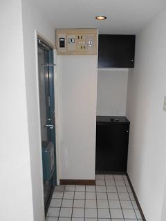 MTビル 401号室の収納