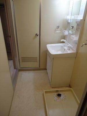 小坂プリンシア 501号室の洗面所
