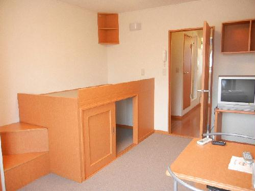 レオパレス0602 kaze 206号室の居室