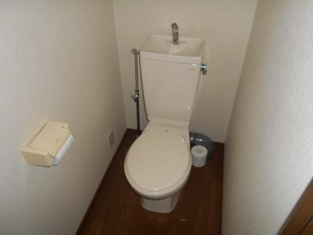 ハイツKTYⅡ 201号室のトイレ