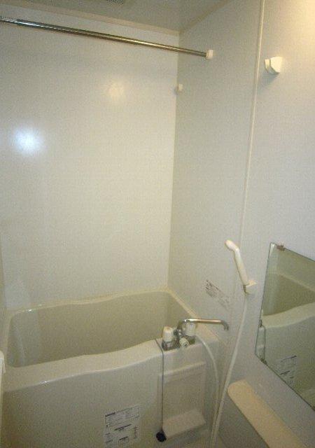 らふぃね壱番館 102号室の風呂