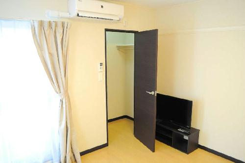 レオネクストエスベランサ 110号室の収納