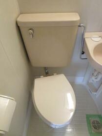 メゾンドクレール 0105号室のトイレ