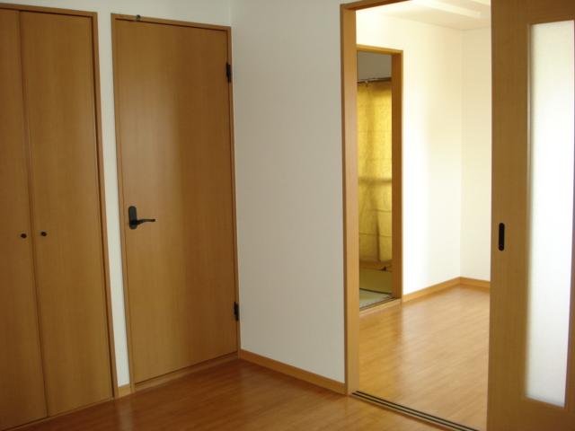 サンハイツN'S 302号室のリビング