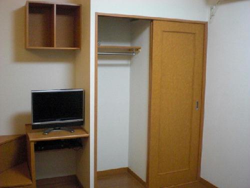レオパレスマカービルシャナ 207号室の収納