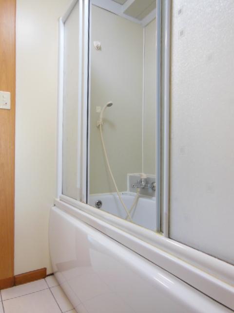 i-room大林町 101号室の風呂