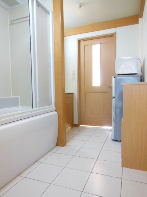 i-room大林町 101号室の玄関