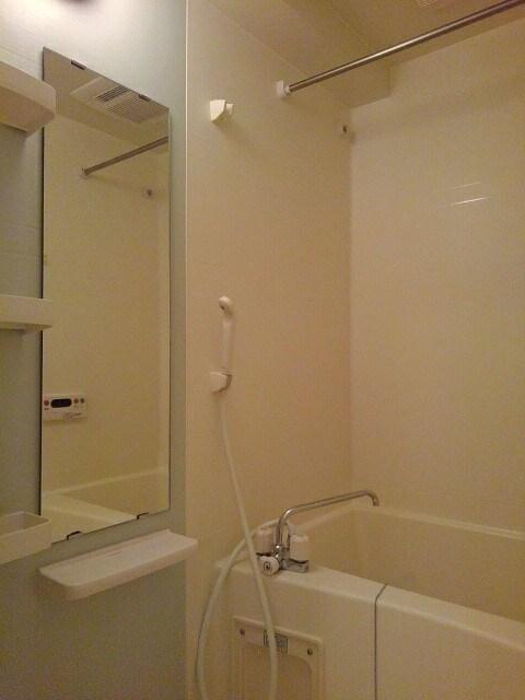 ソウブ レジデンス 03010号室の風呂