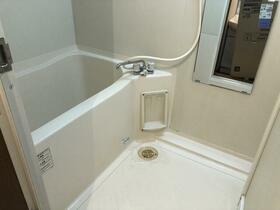Y'sテスタ大久保 106号室のトイレ