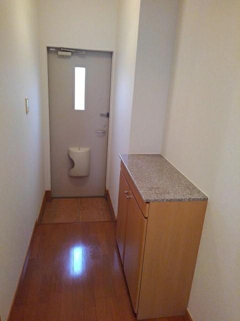 シャルマンプラースⅡ 01030号室の玄関