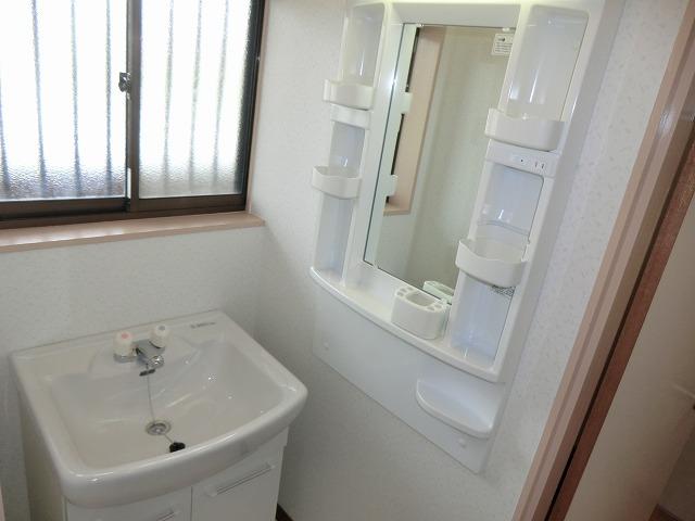 南根ハイツ 2-E号室の洗面所