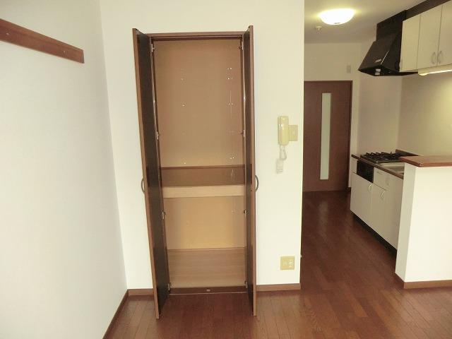 プログレス 205号室の収納