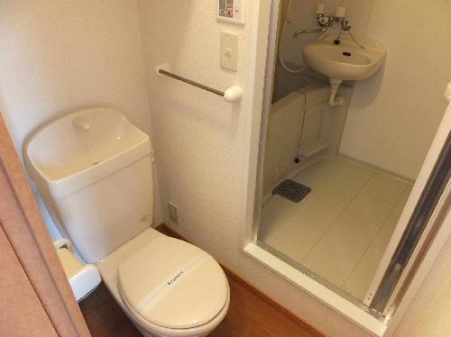 レオパレスシャルマンⅡ 201号室のトイレ