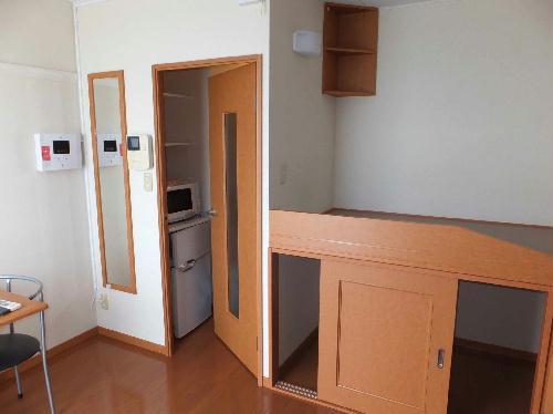 レオパレスシャルマンⅡ 201号室の収納