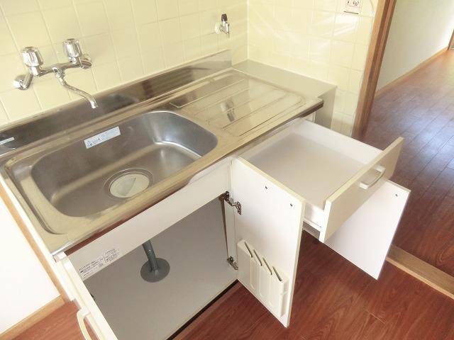 コーポ東海Ⅱ 202号室のキッチン