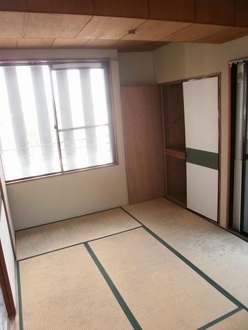 グランドール挙母 2A4号室の収納