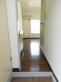 レモンホーム光が丘 203号室の玄関