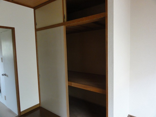 パナハイツ谷 201号室の収納