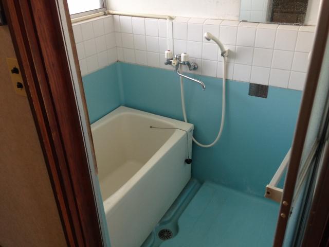パレスホワイト 202号室の風呂