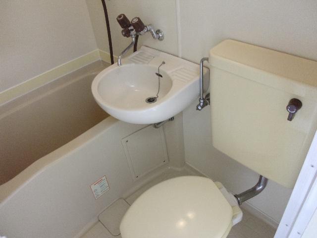 ツインコート 202号室の風呂