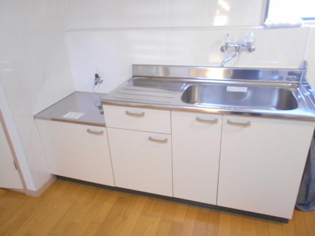 サンライズコーポ町田 105号室のキッチン