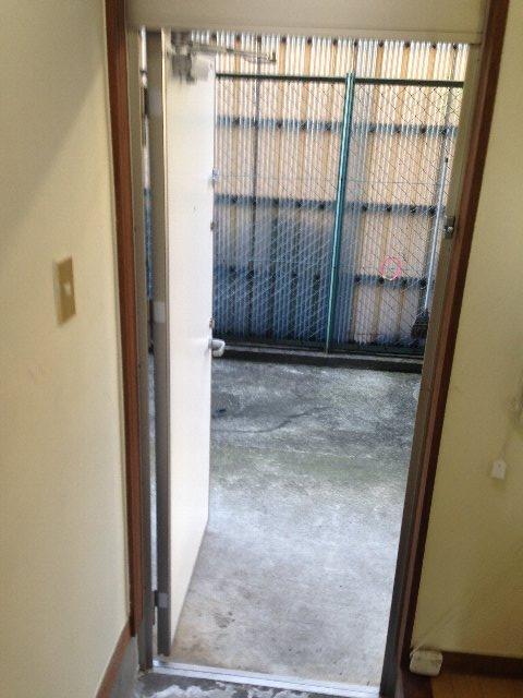 ファイブコーポ中町 105号室の玄関