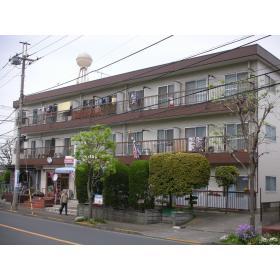横田ハイツの外観