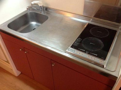 レオパレスかいと 302号室のキッチン