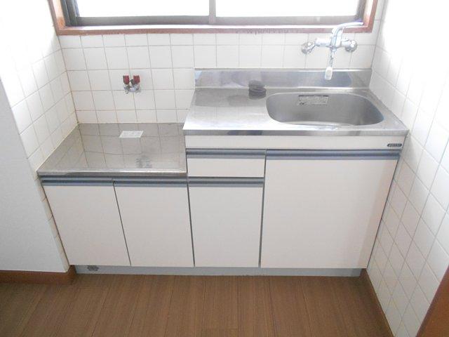 相雄マンション 201号室のキッチン