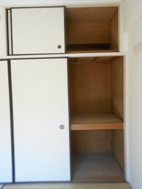 黒滝ハイツ 305号室の収納
