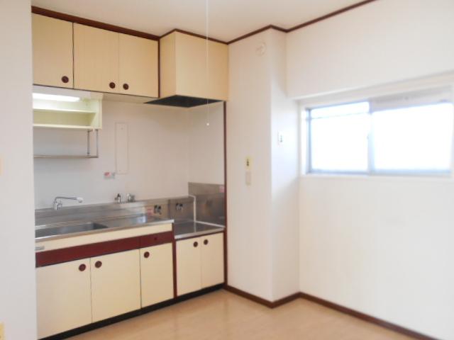 黒滝ハイツ 305号室のキッチン