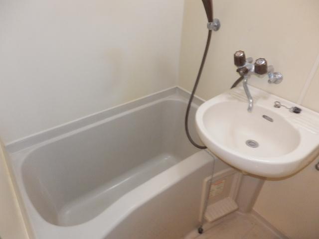 ヨーロピアン255洋光台 203号室の風呂
