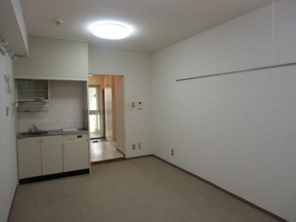 プロバンス 108号室のベッドルーム